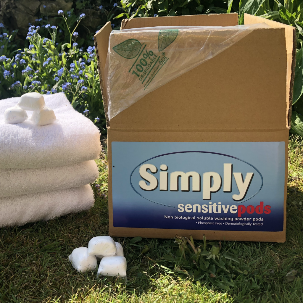 100 Simply Sensitive non-biological laundry powder-tabs Bulk box
